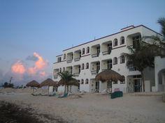 Hotel y Condominios Vista del Mar