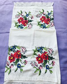 Kitty, Cross Stitch Borders, Craft, Cross Stitch Art, Flowers, Embroidery, Crosses, Seed Stitch, Little Kitty