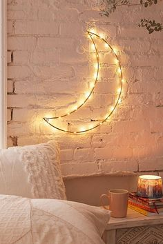 Geo Moon Light Sculpture Urban Outfitters - Buying Home - What to be awared before buying home? Check this out - Geo Moon Light Sculpture Urban Outfitters Dream Rooms, Dream Bedroom, Bedroom Wall, Novelty Lighting, Easy Home Decor, New Room, Wall Lights, String Lights, Moon Lights