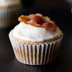 Maple Bacon Cupcake...Interesting....
