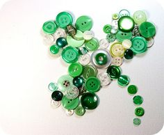 St. Patrick's Day crafts for preschoolers, toddlers and young kids shamrock button art