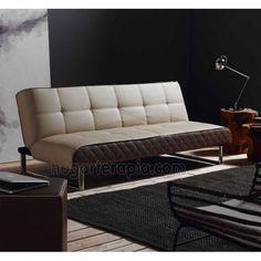 Sofá cama PRADO de apertura tipo clic-clac. La estructura es de madera con láminas de álamo. El asiento y el respaldo son de poliuretano y fibra. Va tapizado en piel sintética y no es desenfundable. Las patas son cromadas. Las medidas son: 190 x 92 cm. con una altura de 77 cm. El tamaño de la cama abierta es de 190 x 110 cm.  Este producto requiere un pequeño montaje por parte del cliente.