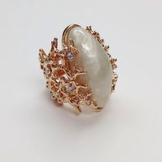Rose Gold Pearl Cocktail Ring NWOT. True to size Jewelry Rings