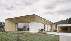Straw Bale House in Dornbirn (Austria) by Georg Bechter, built with loadbearing big bales