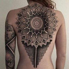Get to witness the most amazing Tribal tattoo deisgns 2019 here. We have the most splendid art styles that will tell you all the Tribal tattoo meaning 2019 as well as the Hawaiin tribal tattoo on shoulder, back, arm, forearm, neck and even your leg. Back Tattoo Women, Back Tattoos, Line Tattoos, Sexy Tattoos, Body Art Tattoos, Tribal Tattoos, Sleeve Tattoos, Tattoos For Women, Tatoos