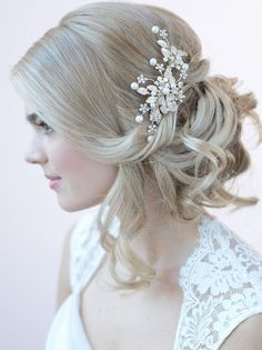 fb5b637d2dd 80 Best Bridal Hair Clips images in 2019