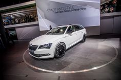 Driving Mode Select comes as standard. This allows the driver to choose the driving performance at the touch of a button. Adaptive Dynamic Chassis Control (DCC) is available as an optional extra #SKODAIAA #SuperbSportLine #SKODA #IAA2015