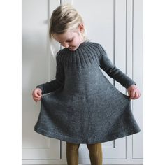 Haralds Dress pattern by PetiteKnit Ravelry: Haralds Dress patt Baby Dress Patterns Dress dresspatterns Haralds patt Pattern PetiteKnit Ravelry Girls Knitted Dress, Knit Baby Dress, Knitting For Kids, Baby Knitting Patterns, Knitting Dress Pattern, Knitting Ideas, Sewing Patterns, Ravelry, Knit In The Round
