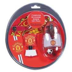 Manchester United Youth, Manchester United Merchandise, Thing 1, Sports Gifts, Soccer Ball, Usb Flash Drive, The Unit, Cool Stuff, Outdoors