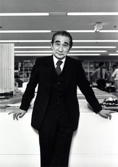 Kenzo Tange (丹下 健三 Tange Kenzō?, 4 September 1913 – 22 March 2005) was a Japanese architect, and winner of the 1987 Pritzker Prize for architecture.