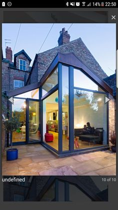 42 Awesome Terrace House Extension Design Ideas With Open Plan Spaces - Extending your home by building outside can have a significant impact on your property's curb appeal when it comes time to list your house on the mark. Extension Veranda, Conservatory Extension, House Extension Design, Extension Designs, Glass Extension, Rear Extension, Extension Ideas, Side Return Extension, Garden Room Extensions