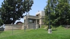 Barnsdall Art Park - Hollyhock House