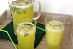 Cinco Quartos de Laranja: Água fresca de meloa para comemorar a chegada do Verão (Fresh melon water to celebrate the arrival of summer)