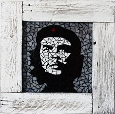 Che Guevara in shabby chic frame cm Shabby Chic Frames, Mosaic Designs, Techno, Furniture Design, Batman, Superhero, Wall Art, Che Guevara, Handmade