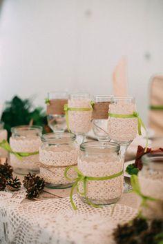 Зелёная свадьба в стиле рустик, элементы декора - баночки