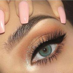 Makeup Goals, Makeup Inspo, Makeup Inspiration, Makeup Tips, Beauty Makeup, Makeup Ideas, Nail Inspo, Makeup Products, Makeup Hacks
