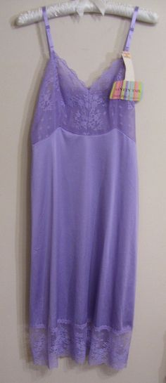 NWT Vanity Fair Vintage Late 1970's  Purple Slip/Nightgown Size 32L