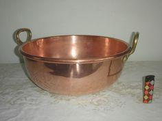 Online veilinghuis Catawiki: Een grote antieke profesionele rood koperen wok / confiturenpan -  40 cm - 3,065 kilo