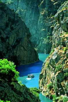Turquoise, Douro River, #Portugal