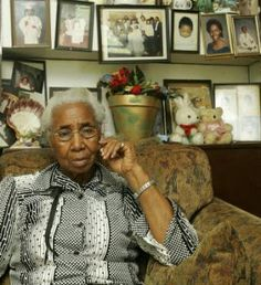 When ARLONZIA PETTWAY, 83, was a girl, in the 1920's and '30''s, quilts were everything. You needed -- maybe six or seven to pile on a cornshuck mattress in cold weather, to hang on the walls, to keep wind from blowing through the gaps between the logs and to spread on the floor, so the children could sit on them when they ate. The hogs under the house would stir up dust, that would float up through chinks in the floor. You didn't want dust in the children's food.  (June 2006) photo: Bill…