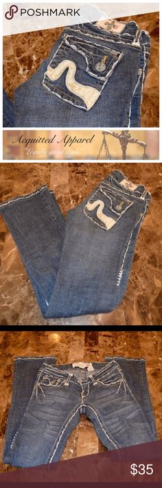 "[Laguna Beach Denim Co] Leather Pocket Jeans Laguna Beach Denim Co. Jeans Bootcut Size 25 Excellent Condition typical distressing on leather accents.  97% cotton 3% spandex Approximate 31"" inseam and 5.5"" rise Laguna Beach Denim Co.  Jeans Boot Cut"