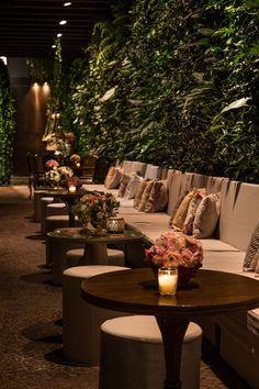Deco Restaurant, Outdoor Restaurant, Restaurant Interior Design, Bühnen Design, Cafe Design, House Design, Wedding Furniture, Outdoor Furniture Sets, Cafe Interior Vintage