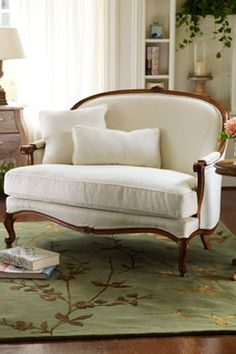 Provence Settee