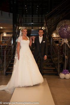 Bruidsshow Speksnijder bruidsmode 01-10-14 www.bruidscollectie.nl