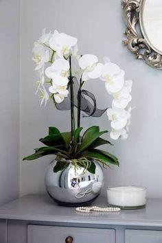 Orchids in a Silver Goldfish Bowl - Floral arrangements Orchid Flower Arrangements, Artificial Floral Arrangements, Orchid Centerpieces, Artificial Orchids, Flower Vases, Flower Pots, Orchid In Vase, Vase Arrangements, Indoor Orchids