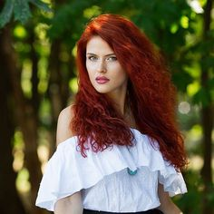 Redheads Magazine - Photographed @juliya_saltukova in #Odessa and her brightly dyed hair. grinning #redhair #redheadsmagazine #redhead #1127