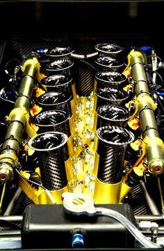 Lamborghini Murciélago R-GT Engine