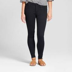 Keep your days comfortable, while you're feeling as chic as can be, with the easy style of the Mid-Rise Jeggings from Universal Thread™. These black jeggings have been engineered to have the perfect fabric weight, smoothing, sculpting and giving you a confident fit wear after wear. These versatile jeggings will look great whether you pair them with an oversized sweater for a comfortable day out or you dress things up with a tunic top. Made with everybody and every body in m...