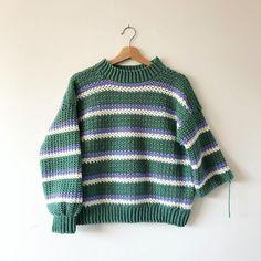 Crochet Jumper Pattern, Jumper Patterns, Crochet Cardigan, Crochet Patterns, Stripe Pattern, Crochet Sweater Design, Sweater Knitting Patterns, Cute Crochet, Crochet Crafts