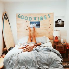 beach bedroom, teen room, surf, DIY headboard