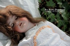 antique-doll - sleeping beauty