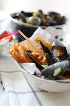 Mussels with Belgian fries     Oh my heavens yes!  Just need some mayo for the fries and vinegar to dip the mussels! :D