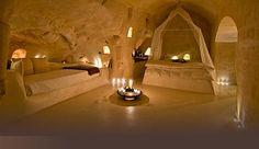Уникальные номера гостиниц, расположенные в пещерах  города Матеры в Базиликате. Густо-тур - Gusto-tour | Особенные гостиницы