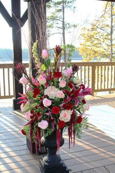 Outdoor wedding flowers by Libby's Flowers & Gifts, Elberton GA    Click for more: Florist Friday Recap 11/10 – 11/16: Floral Romance