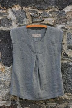 Linen top Elegant women blouse Womens top Loose linen top Linen blouse Linen Shirt Women Plus size top Elegant top for women Blouse En Lin, Mode Outfits, Fashion Outfits, Fashion Trends, Linen Dresses, Dresses Dresses, Summer Shirts, Elegant Woman, Sewing Clothes