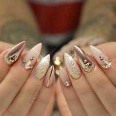 uñas rosadas efecto espejo