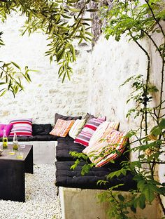 outdoor courtyard in the south of france