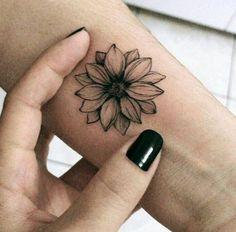 Black Sunflower Wrist Tattoo Ideas For Women - Ideas For Tattoos For Women . - Black Sunflower Wrist Tattoo Ideas For Women – Ideas For Tattoos For Women ……, - Diy Tattoo, Tattoo Henna, Lotus Tattoo, Tattoo Ink, Tattoo Thigh, Little Tattoos, Mini Tattoos, Body Art Tattoos, Tatoos