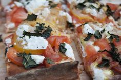 "Heirloom Tomato Flatbread ""Pizza"""