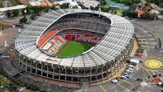Soccer is the most played sport in Mexico. Soccer Stadium, Football Stadiums, New Architecture, Stadium Architecture, Mexico People, Living In Mexico, National Stadium, Most Played, National Football Teams