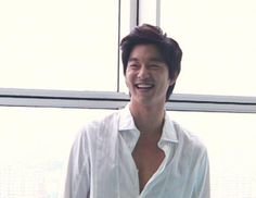 It's Gong Yoo's birthday today, everyone!! And man, do I have the perfect present for him! But first, some context. Today's post is actually inspired by resident sweetheart on the…