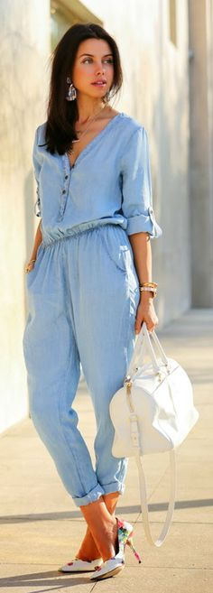 I love this! trying to find a similar one! DENIM DAYS / VivaLuxury