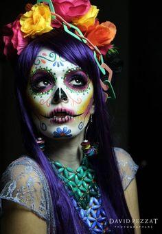 Sugar skull makeup flower Halloween - Amy's World Halloween Kostüm, Halloween Face Makeup, Sugar Skull Halloween, Sugar Skull Makeup Tutorial, Sugar Skull Girl, Sugar Skull Face Paint, Sugar Skulls, Flower Costume, Dead Makeup