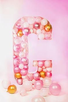 DIY Balloon Mosaic Letter - Mud and Magnolias Small Balloons, The Balloon, Giant Letters, Clear Glue, Party Decoration, Glue Dots, Diy Party, Wedding Colors, Backdrops