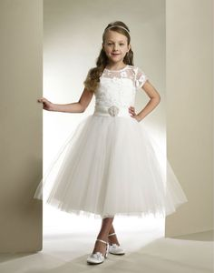 Cheap dress wear beach wedding, Buy Quality dress paillette directly from China dresses pantyhose Suppliers: Princess A-line Beading Sash 2015 Girls Ivory First Lace Holy Communion Dresses for Girls Vestidos de Comunion Vestido d