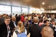 La DO Rías Baixas presente en un acto ante las instituciones de la UE donde mostró la calidad de sus vinos a 600 invitados www.vinetur.com/...